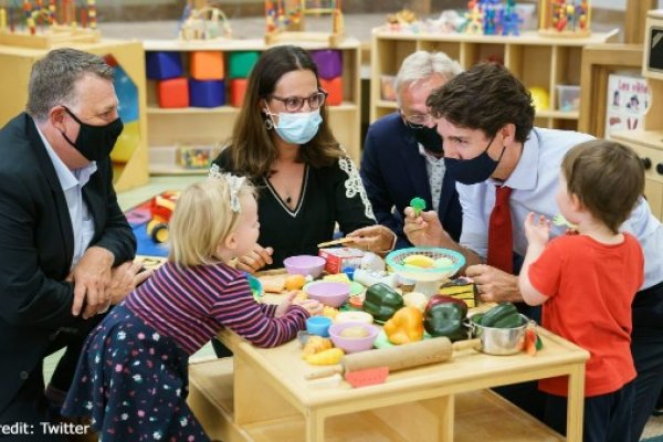 Photo of Justin Trudeau visiting a child care centre
